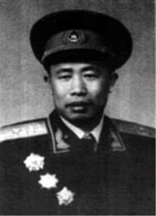 井冈山籍开国将军-赖春风少将